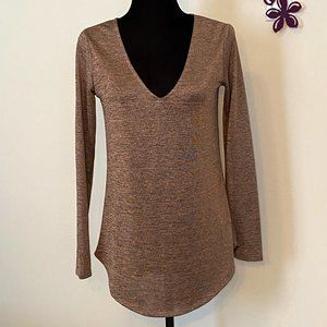 Dynamite Top Tunic Grey and Rose Gold'ish color size Small